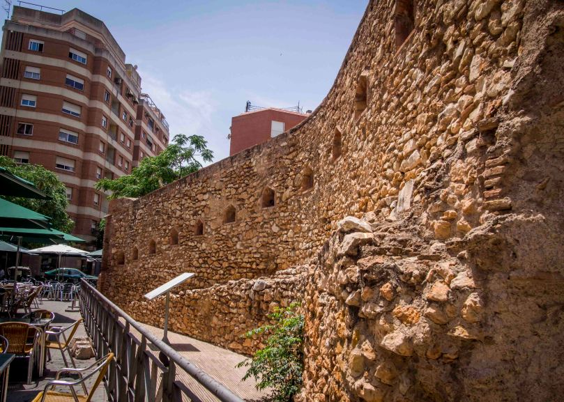 muralla liberal.jpg